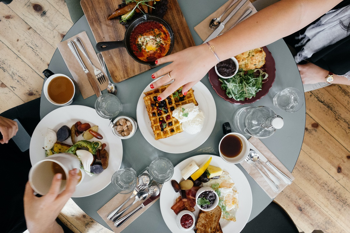 Lunch at SocialRES goes live